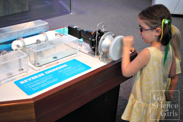 Filtering water (reverse osmosis) at Questacon
