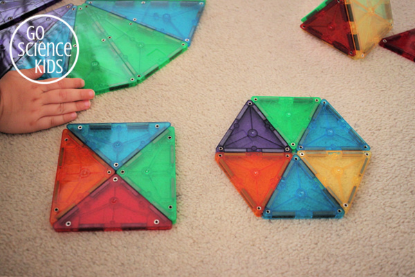 making shapes with magna-tiles