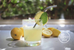 How to make fizzy lemonade with science