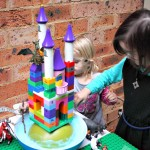 Fun Science Princess castle imaginative play with foaming moat